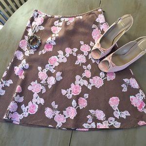 Pretty Easter skirt! 🐰